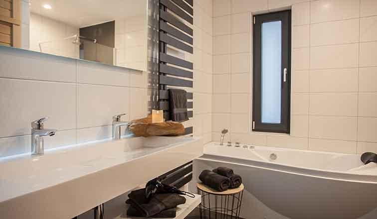 Luxe Villa Badkamer : Badkamer in de luxevilla kreta griekenland u stockfoto